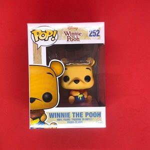 Pop! Disney: Winnie The Pooh - Seated Pooh #252